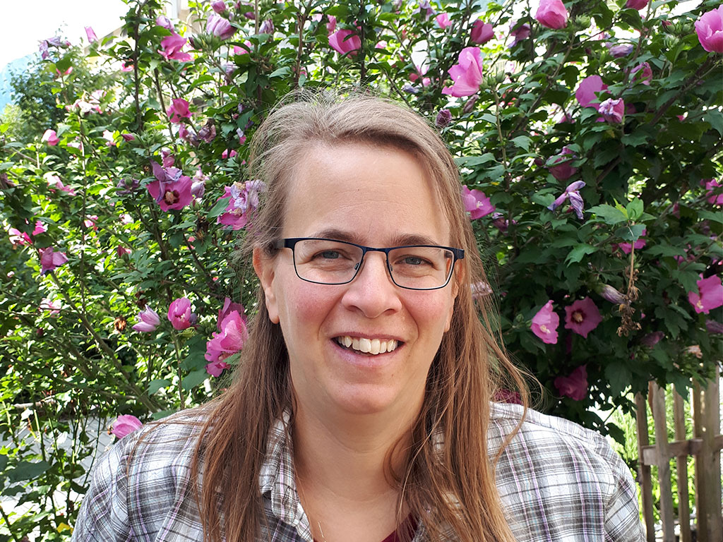 Susanne Castano